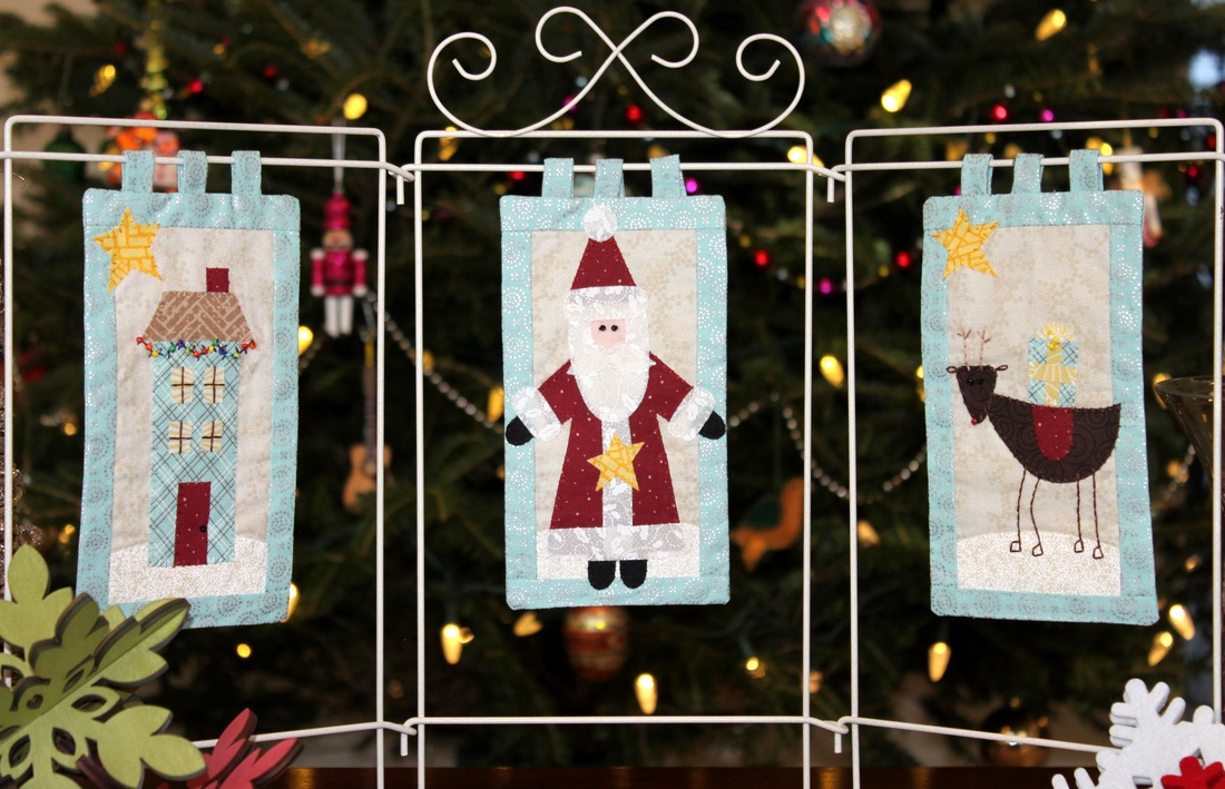 Christmas tryptic - Bareroots pattern # 168 | Berry Barn Designs blog